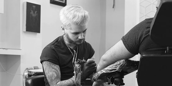 https://www.centraltattoostudio.com/wp-content/uploads/2019/10/Murrt_new_Thumbnail_72-555x280.jpg